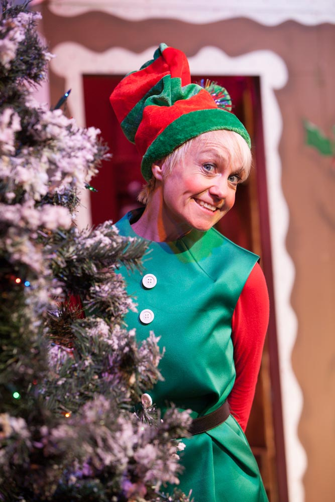 The Santa Show - Dotty the Elf