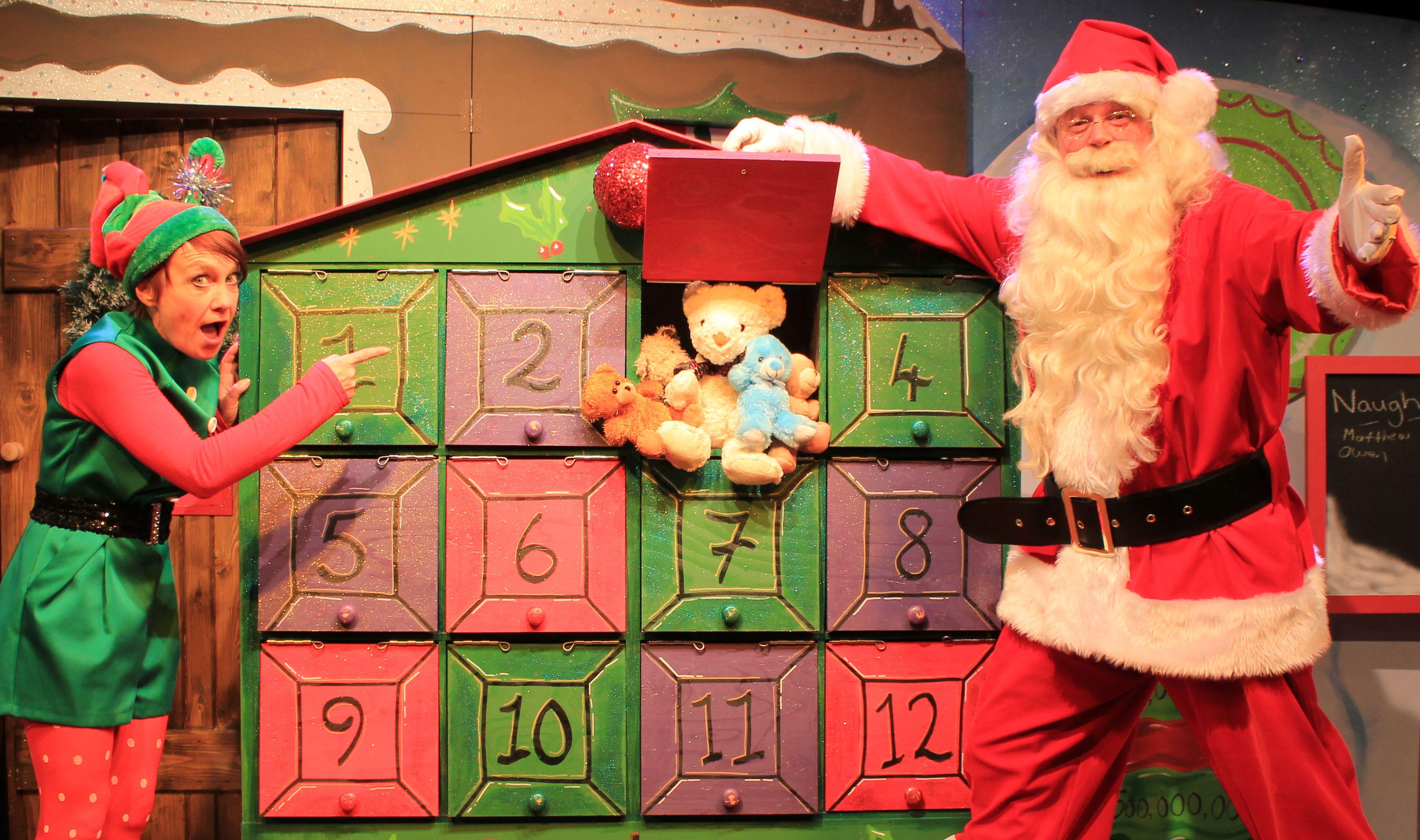 The Santa Shows - Dotty and Santa open the Christmas Calendar